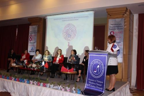 AYSKAD 8 Mart Dünya Kadınlar Günü'nde özel bir panel düzenledi